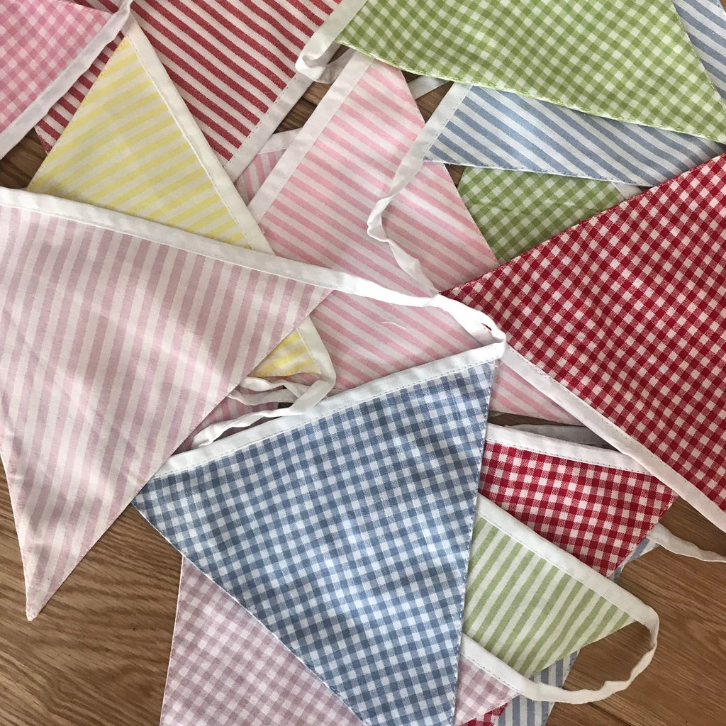 English Country Bunting - GORGEOUS GEORGE