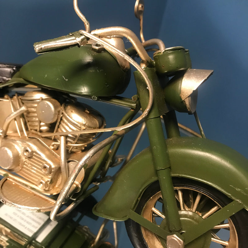 Classic Motorbike Model | GORGEOUS GEORGE