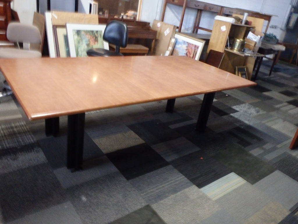 CONFERENCE TABLE 8'