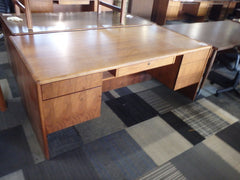 USED WOODEN DESK