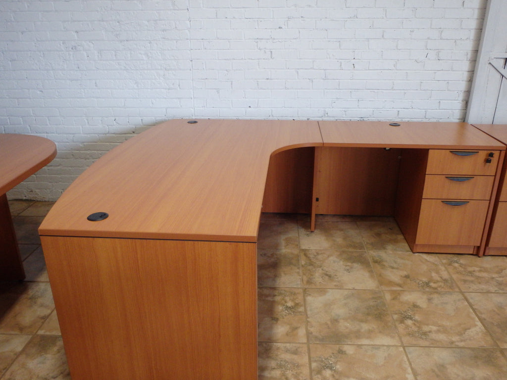 NEW SPECIALS CONTEMPORARY LAMINATE BOW FRONT L-SHAPE DESK AS SEEN