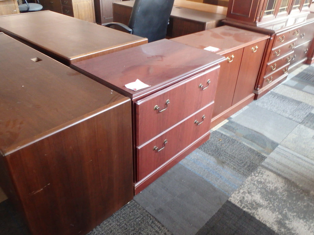 2 DRAWER TRADITIONAL LATERAL FILE