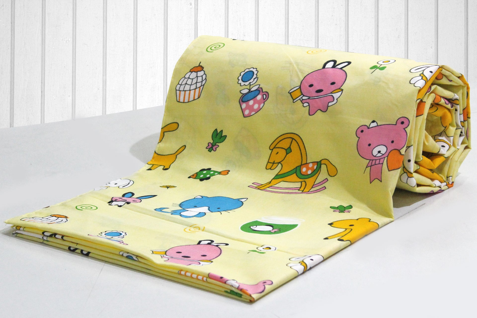 AURAVE Kids Funky Yellow Teddy Print 1 Piece Cotton Duvet Cover/Quilt Cover/Blanket Cover, Single Bed (with Zipper)