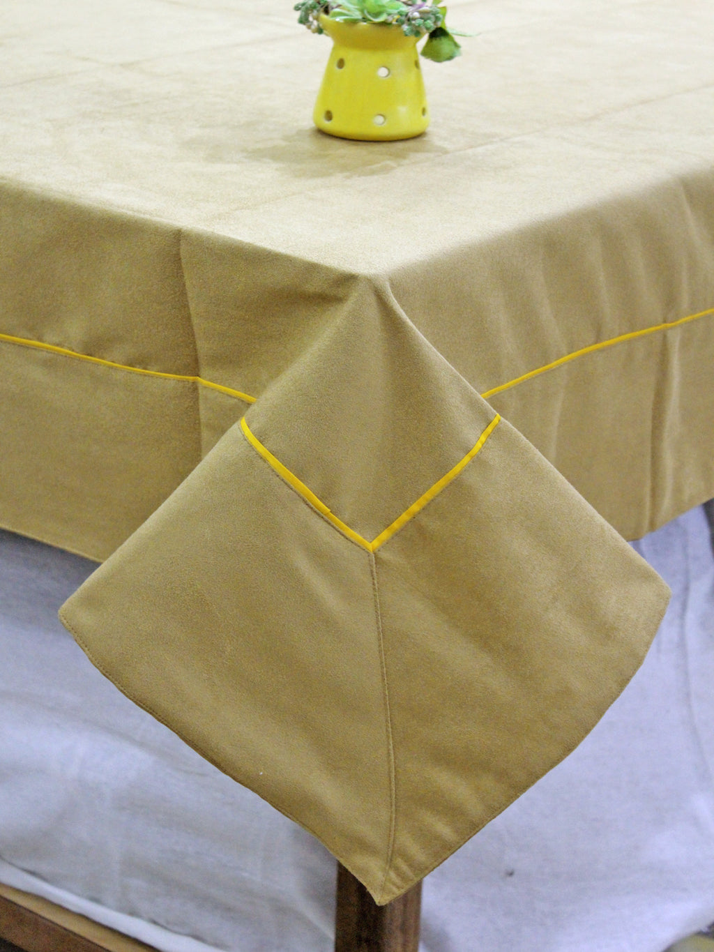 AURAVE Suede Microfibre Solid Plain Polyester Table Cloth - MEHNDI