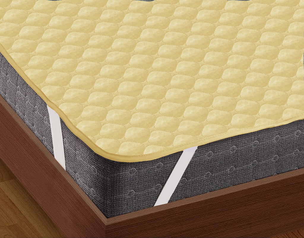 AURAVE Elasticated Quilted Waterproof Mattress Protector (Gold)