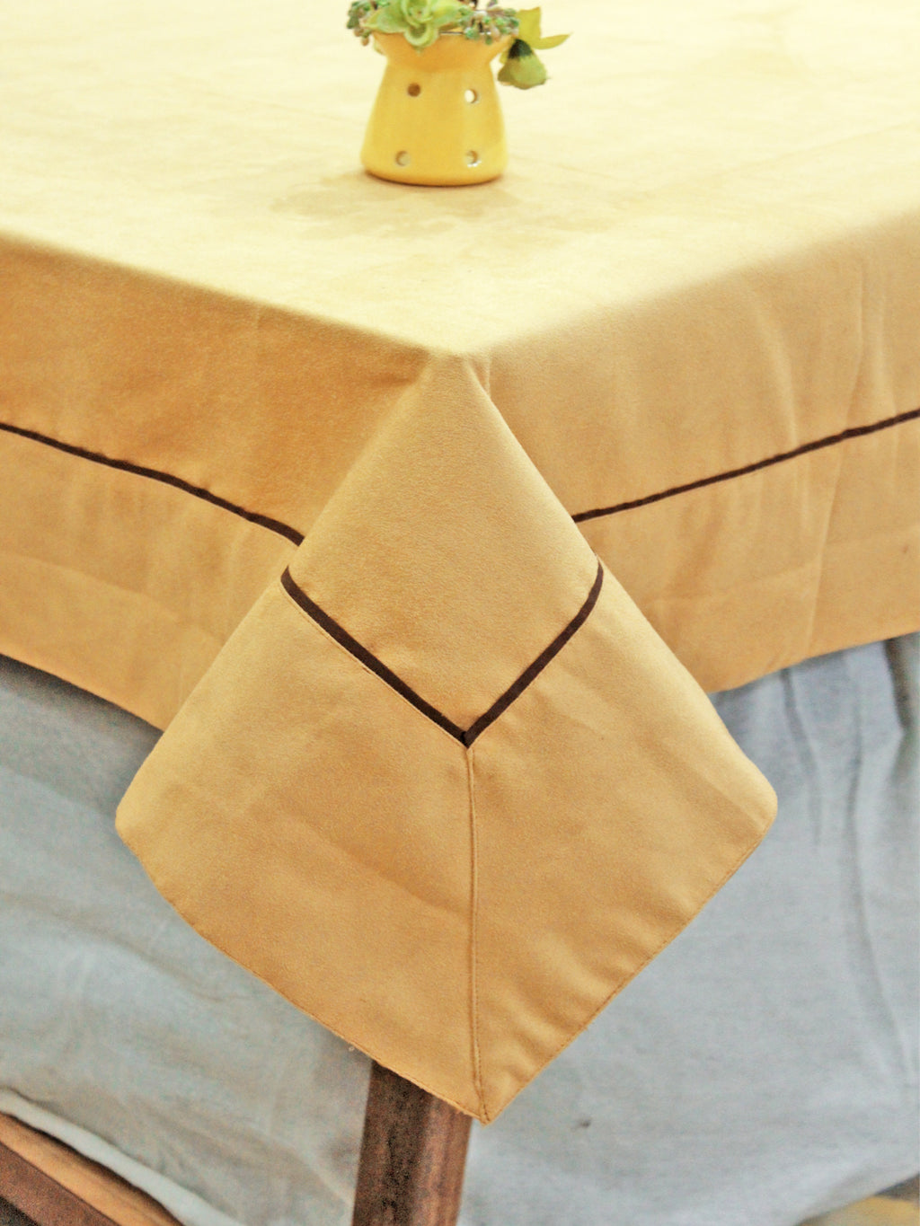 AURAVE Suede Microfibre Solid Plain Polyester Table Cloth - GOLD