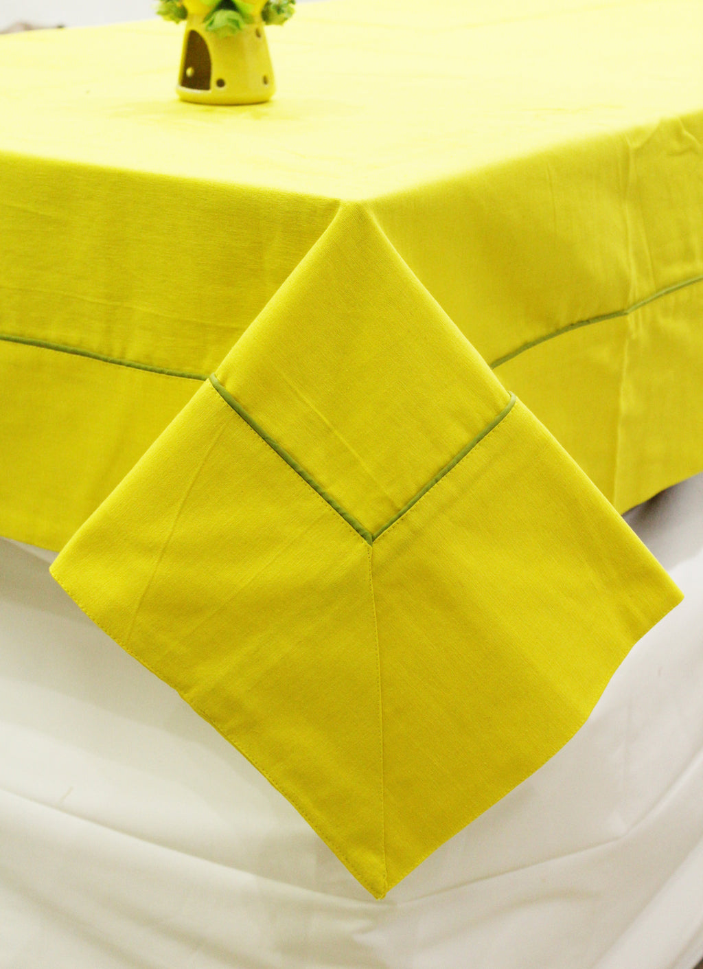 Woven Cotton 200 TC Plain Table Cover (Yellow)