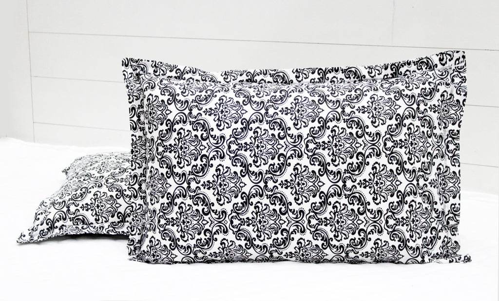 AURAVE Prism Cotton 2 Pieces Printed Pillow Cover Set - 18 X 27 inches, Black