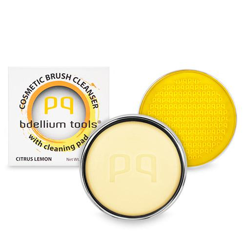 Bdellium Solid Brush Cleanser with Cleaning Pad