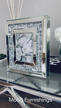 "Load and play video in Gallery viewer, Crystal Mirrored Photo Frame | 5"" x 7"" Photo"