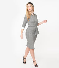 Laden Sie das Bild in den Galerie-Viewer, I Love Lucy x Unique Vintage Houndstooth TV Star Pencil Dress