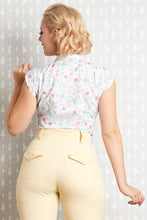 Laden Sie das Bild in den Galerie-Viewer, Daya Minty Blouse - Limited edition