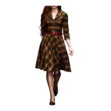 Laden Sie das Bild in den Galerie-Viewer, Highlander Dress