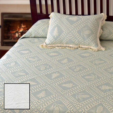 Closeout: Evergreen Bedspread (Colors: White, Antique, Linen)