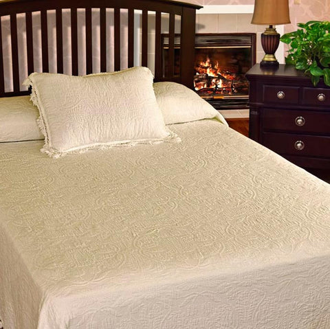 Colonial Rose Coverlet