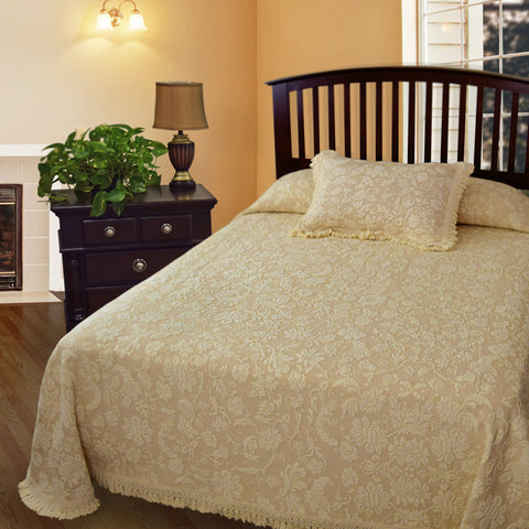 Lisa's Choice Bedspread