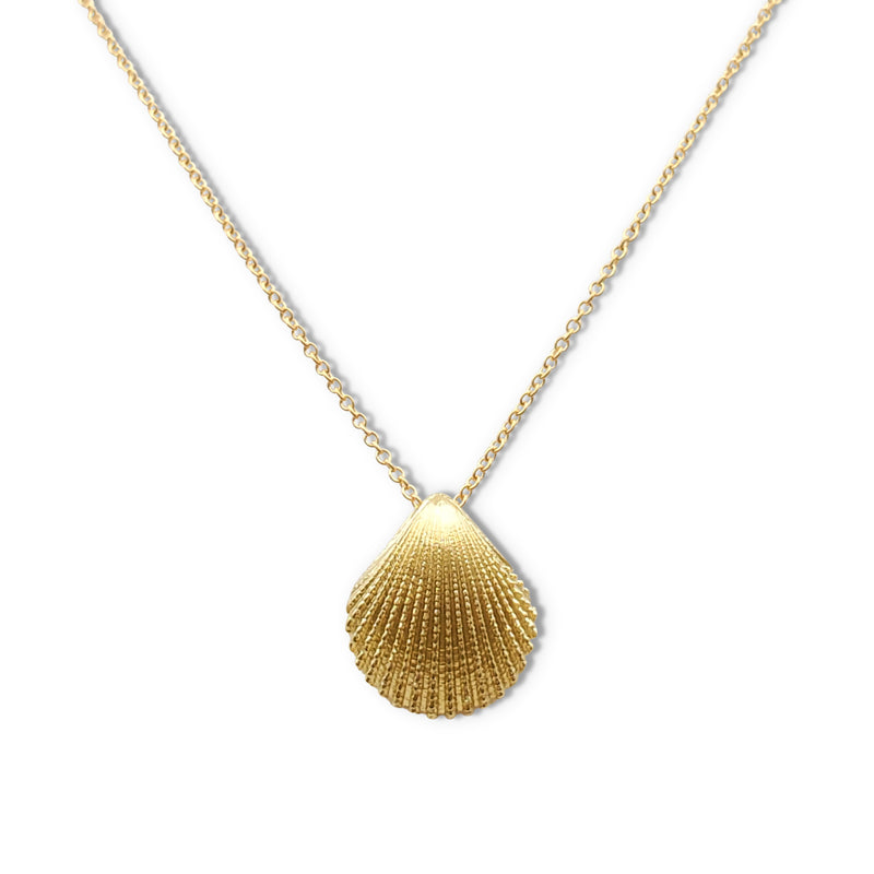 Tiffany & Co. Yellow Gold Seashell Pendant Necklace