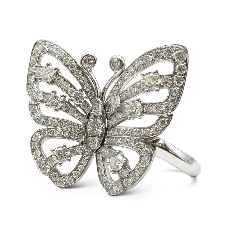 Van Cleef & Arpels Flying Butterfly Between Finger White Gold Diamond Ring