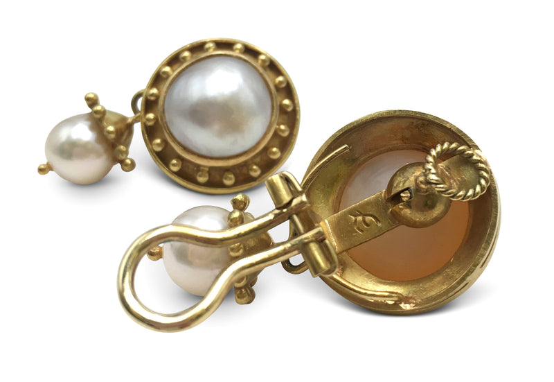 Elizabeth Locke Mabe Pearl Gold Earrings