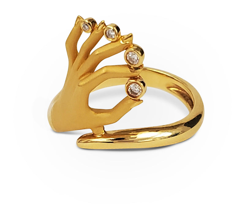 Carrera y Carrera Las Manos Gold and Diamond Hand Motif Ring