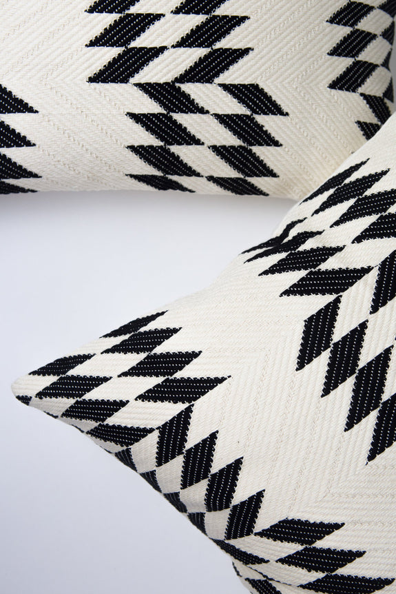 "Almolonga Quilt Pillow - Black & Natural White -  20"" x 20"""