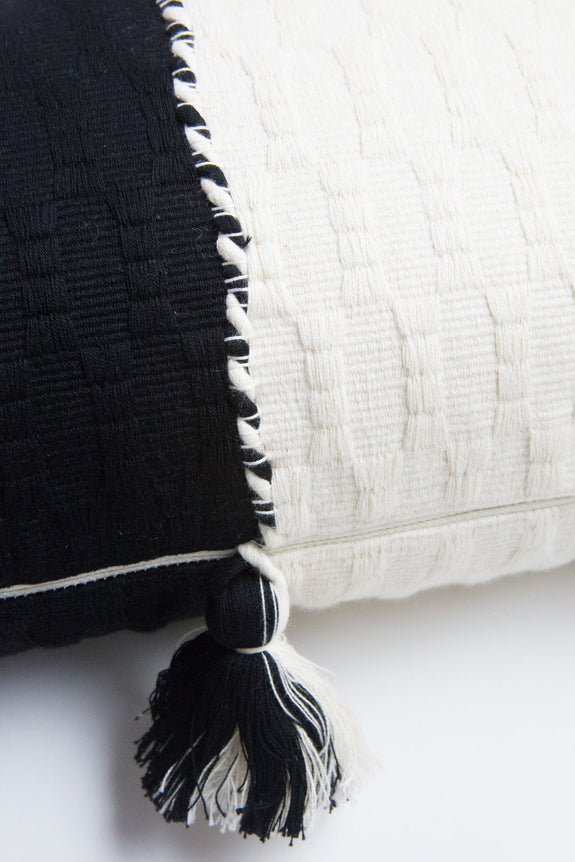Antigua Pillow - Black & Natural White Colorblocked
