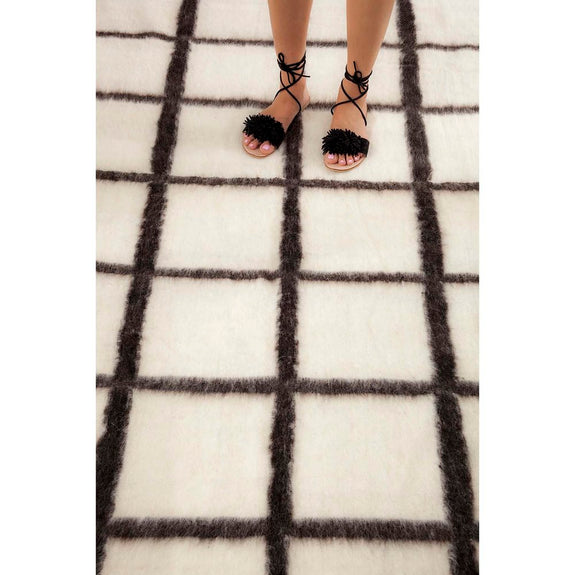 Momos Grid Blanket- Natural White & Black