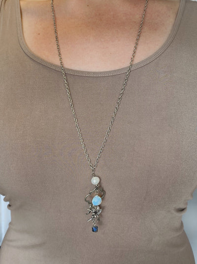 NECKLACE - Moon Charms