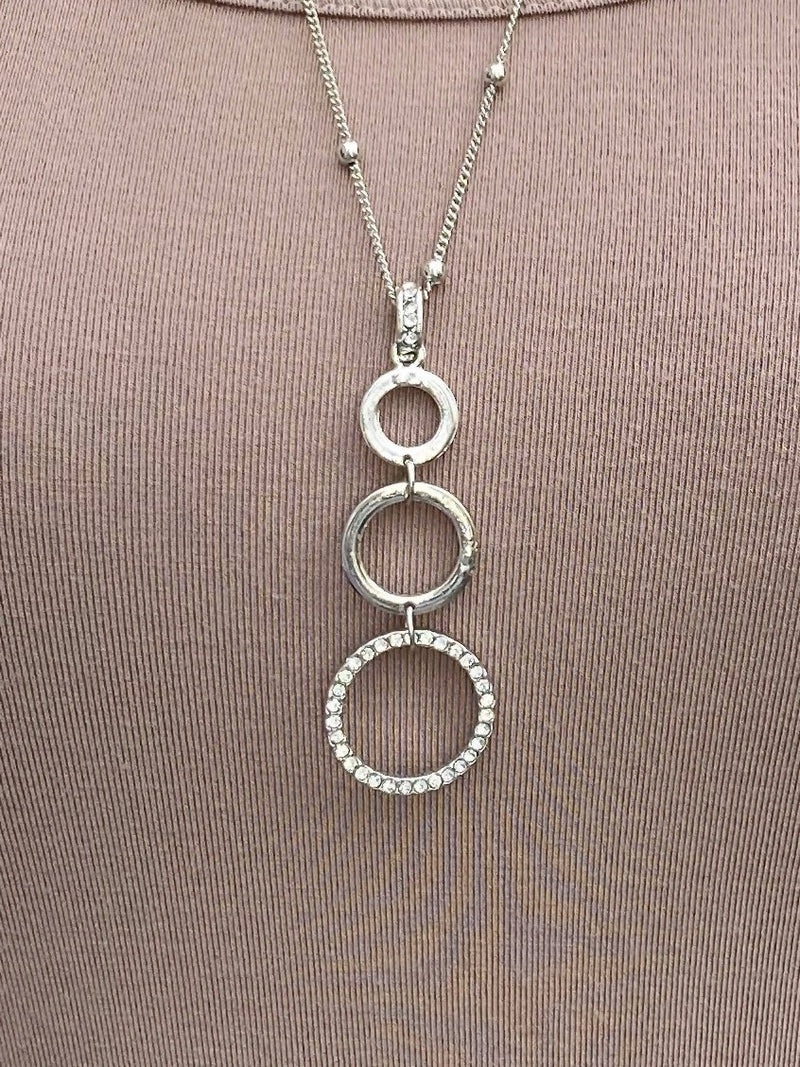 NECKLACE - Triple Circles