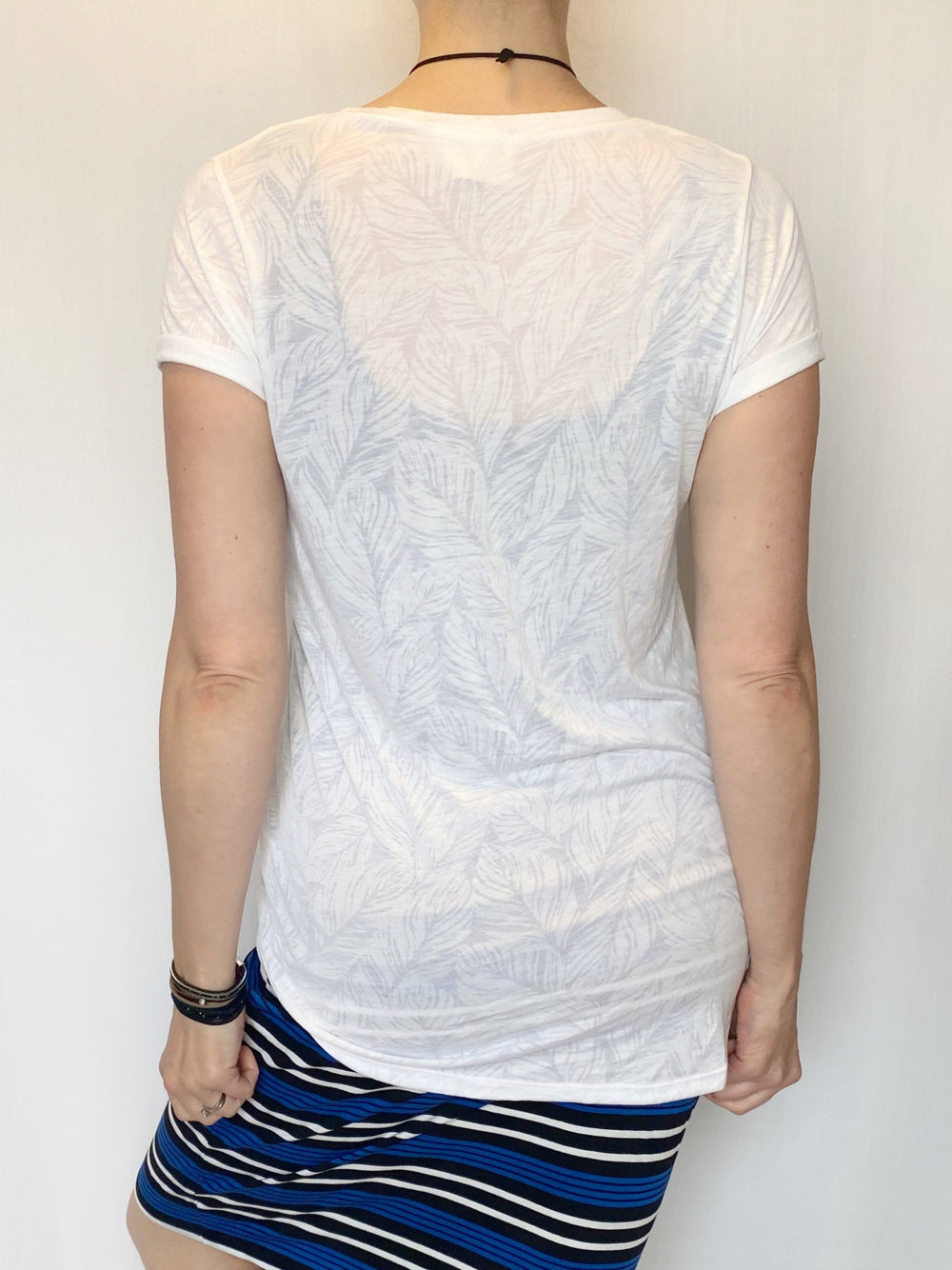 Feather Print Tissue Knit Tee