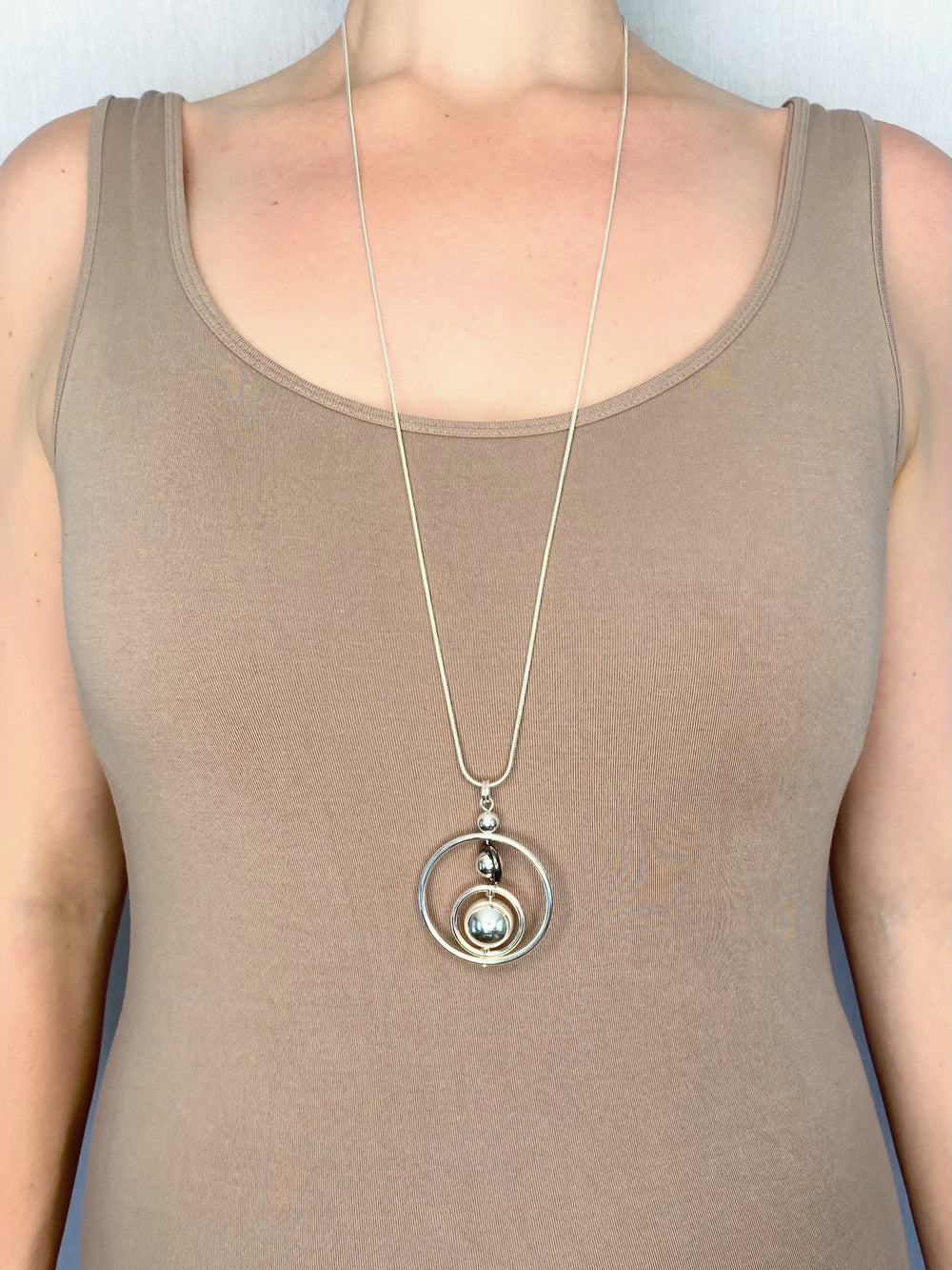 NECKLACE - MIXED METAL ORBS
