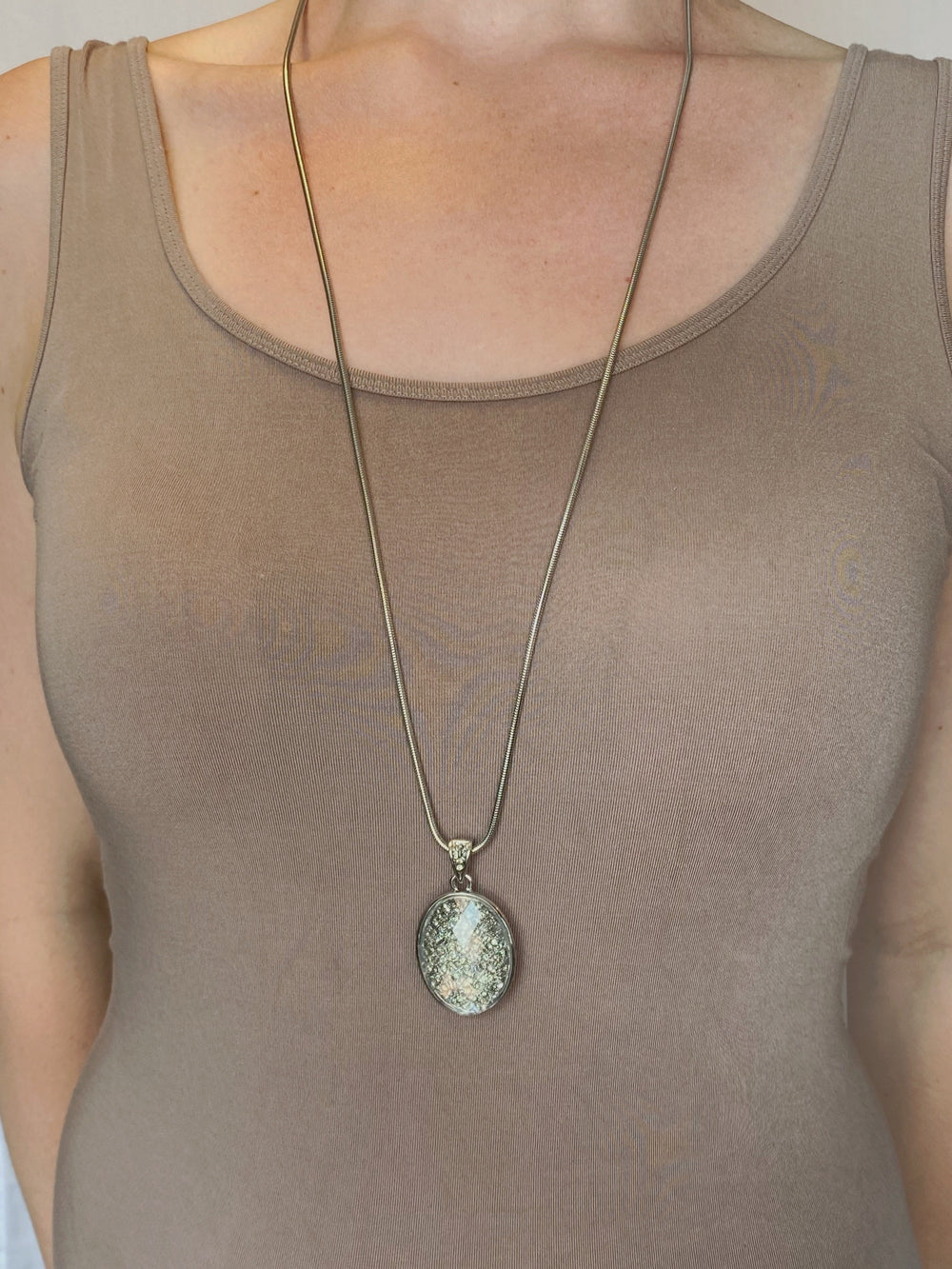 NECKLACE - Crystal Ball