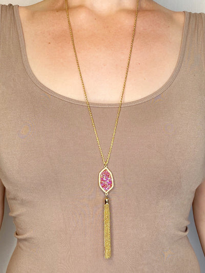 NECKLACE - Gold with Pink Druzzy