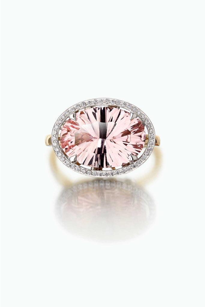Kamuru; with a beautiful large optix cut morganite. A firework of delicate light within a stone.