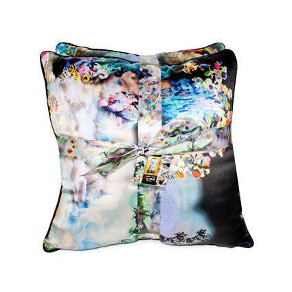 CuRious Print Throw Pillow Set
