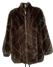 Load image into Gallery viewer, Brown Sheared Reversible Beaver Jacket