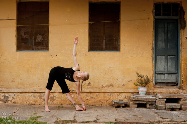 Travels and Trikonasanas: 5 tips to help you stay on the mat whilst travelling