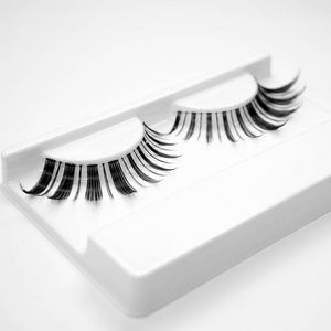 Load image into Gallery viewer, EVE Lashes - The Yuki Lashes