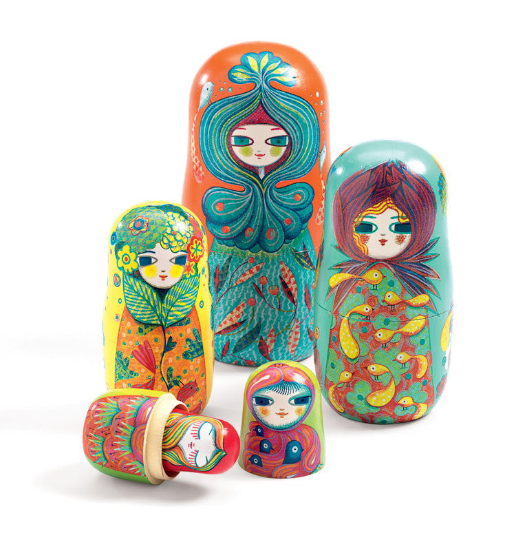 Matriochkas Russian Nesting Dolls