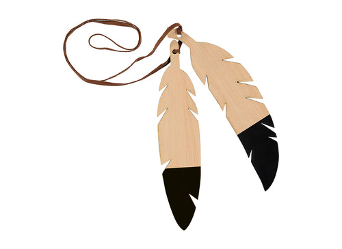 Feather garland black