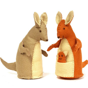 Corriene Lappier | Kangaroo Family Felt Craft Kit