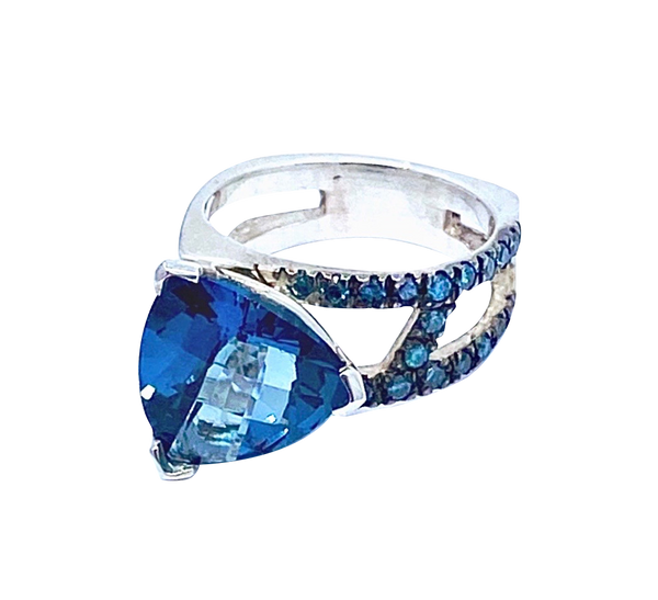 London Blue Topaz and Blue Diamonds SS Hugo signature Original ring