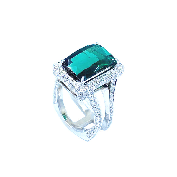 Green Tourmaline White Gold Hugo Original Signature Ring