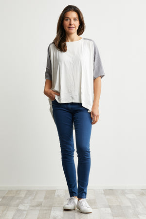 Viscose/Acetate dolman sleeve White and Grey