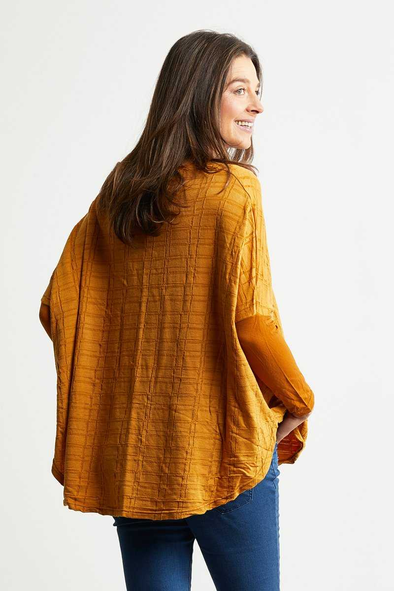 Soy boxy top in yellow check jacquard