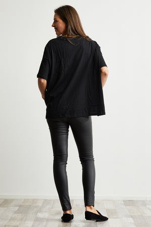 Organic Cotton boxy top in Black