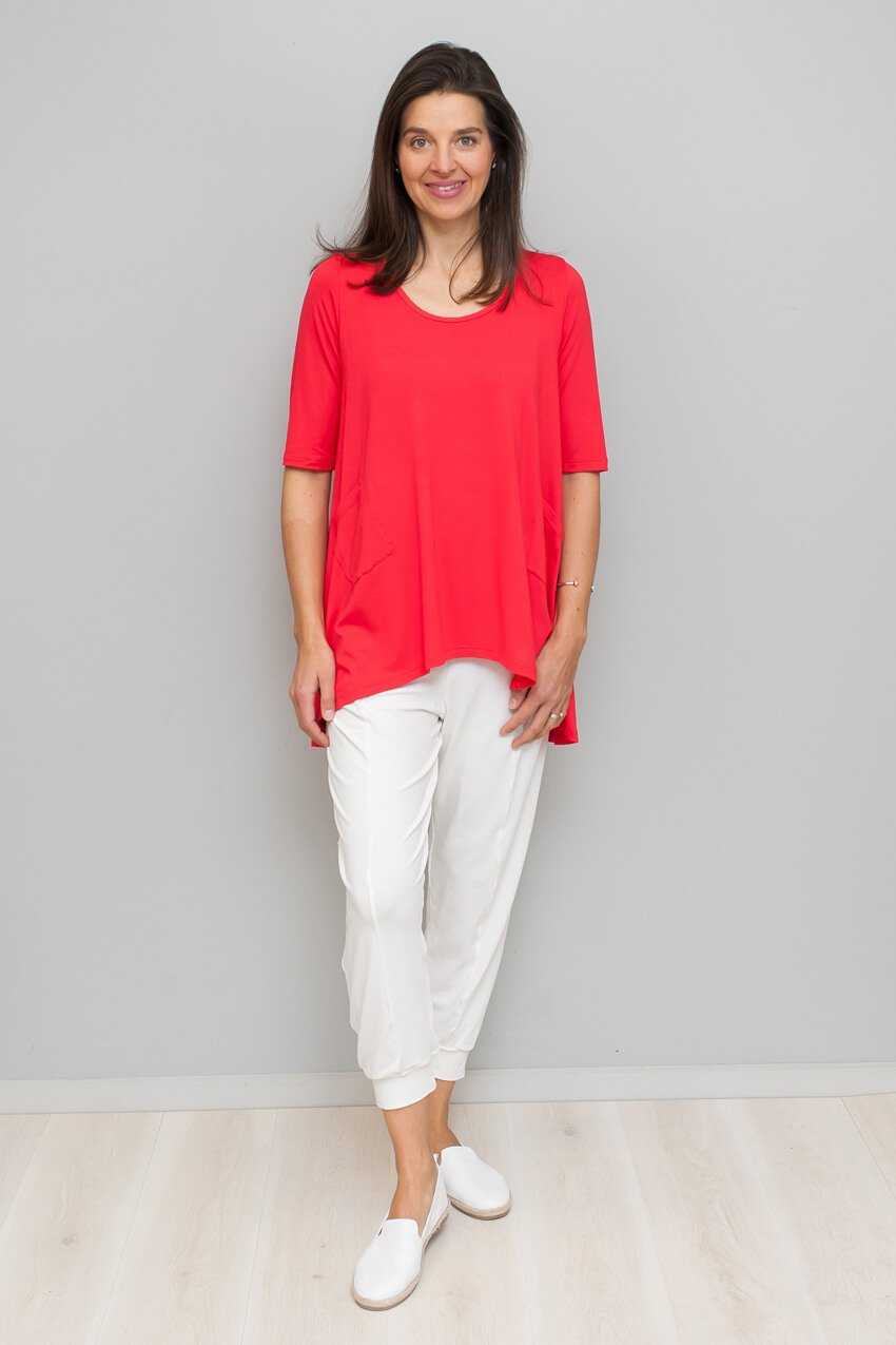 HI-LOW HEM TOP WITH POCKETS