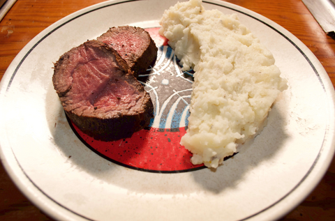 ThawTable Perfectly cooked Mishima reserve Chateaubriand from crowdcow plated