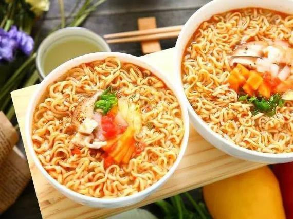 Instant Noodles Hot-spicy Flavor 144g×5pcs