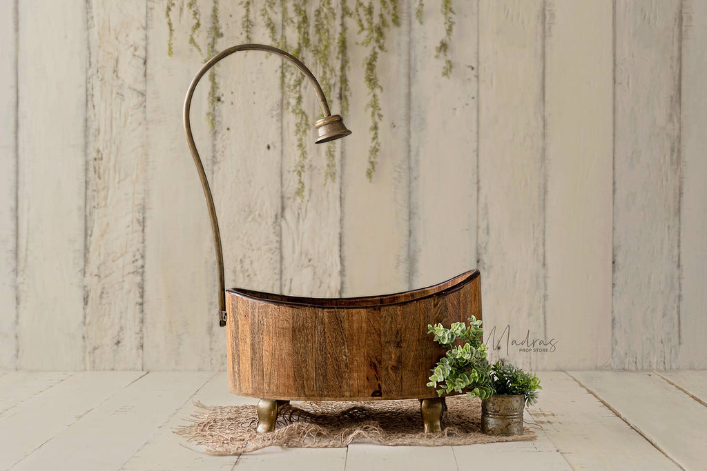 Wooden Shower Tub with Brass Piping